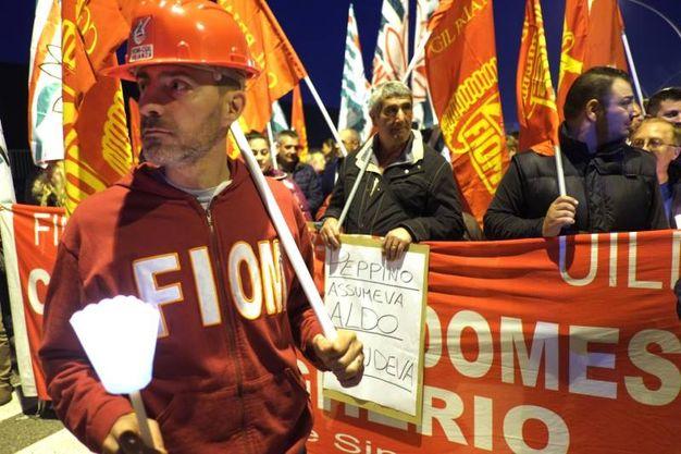 La fiaccolata per salvare lo stabilimento Candy di Brugerio / Foto Rossi