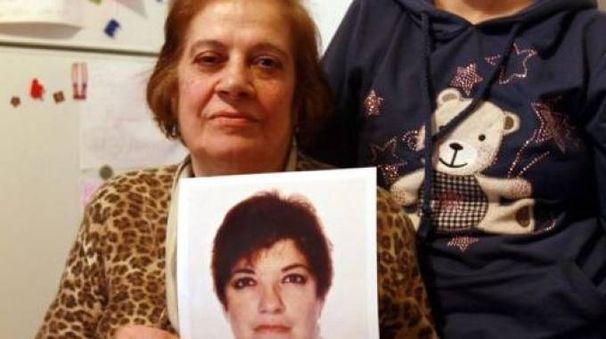 La madre di Antonia Bianco con la sua foto