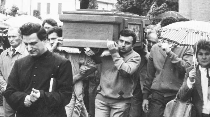 Omicidio Minguzzi, il funerale del giovane