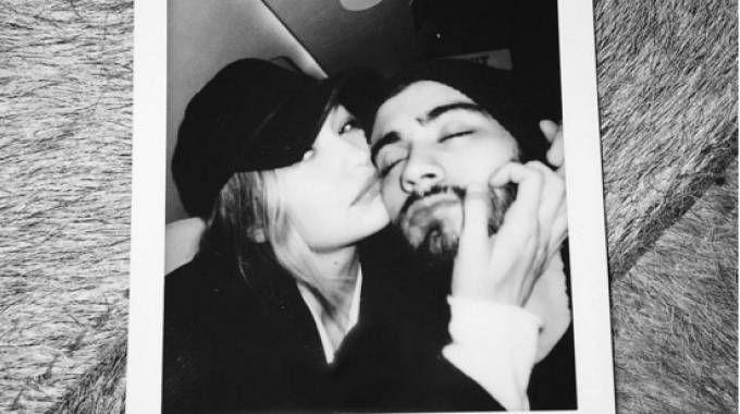 Gigi Hadid e Zayn Malik in una foto su Instagram