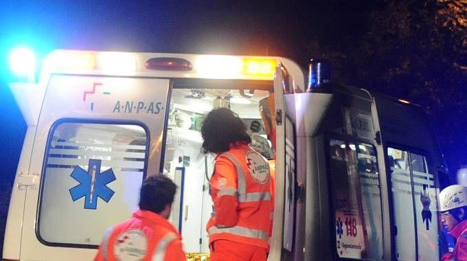 Un'ambulanza (Foto archivio Cusa)