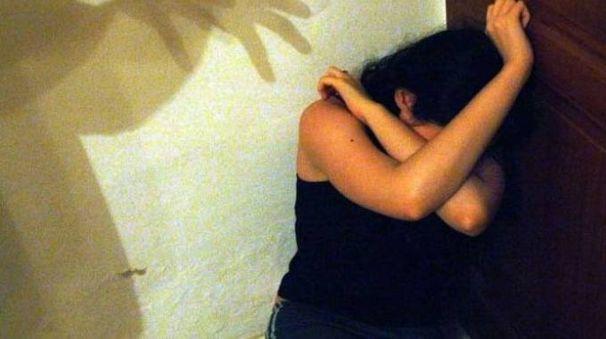 Una donna vittima di violenza