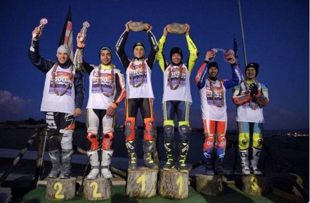 La 100 chilometri dei campioni al Ranch: il podio con Morbidelli e Petrucci, Marini e Rossi, Dovizioso e Chareyer (da Twitter)