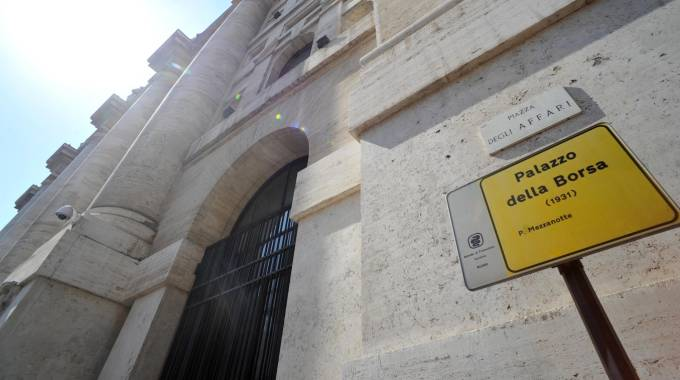 Borsa, Piazza Affari (Newpresse)