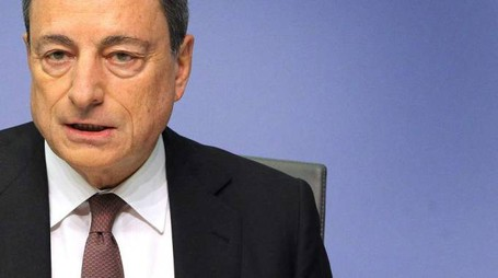 Mario Draghi, President of the European Central Bank (ECB) addresses a press conference following the meeting of the Governing Council in Frankfurt am Main, western Germany, on January 21, 2016. The ECB left its key interest rates unchanged at its first policy meeting of the year, despite current volatility on the world's financial markets owing to concerns about the slowing Chinese economy. / AFP / DANIEL ROLAND