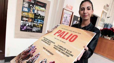 Foto Paolo Lazzeroni-Siena-:FILM PALIO AL PENDOLA