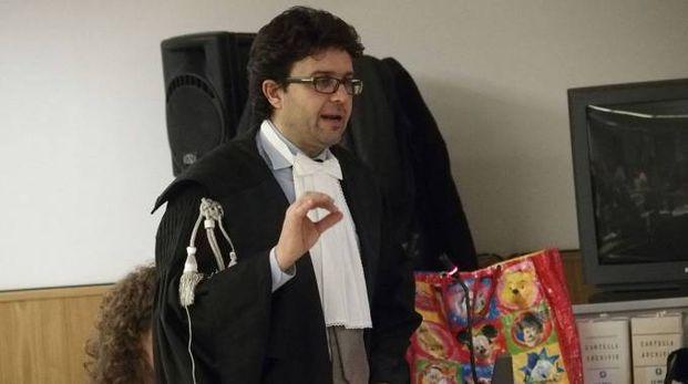 Il pm Lorenzo Gestri durante la requisitoria (foto Attalmi)