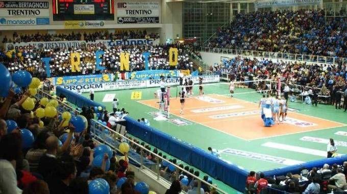 La capienza sarebbe quella giusta per ospitare incontri della serie A1 di pallavolo ma anche altri eventi