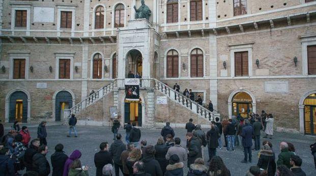 Fermo, la protesta dei musicisti del Conservatorio (Foto Zeppilli)