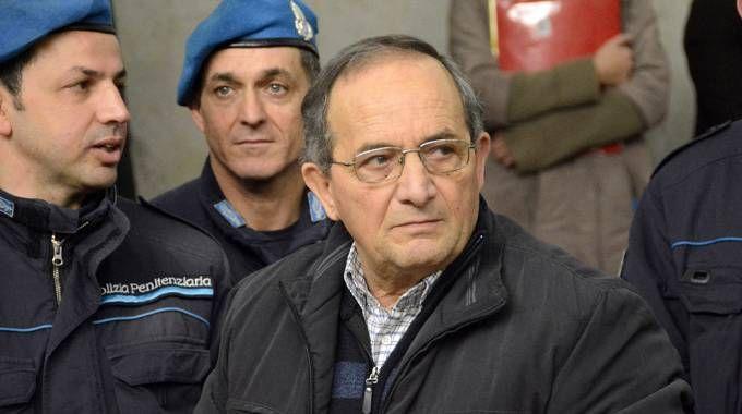 Antonino Bilella in aula poco prima dell'inizio dell'ultima udienza