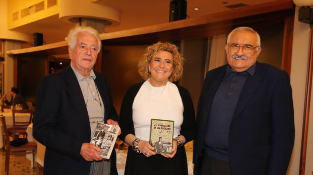 Da sinistra Mariano Bignami, partigiano di Altedo, 89 anni, con l'autrice Edda Negri Mussolini e Paolo Bedeschi