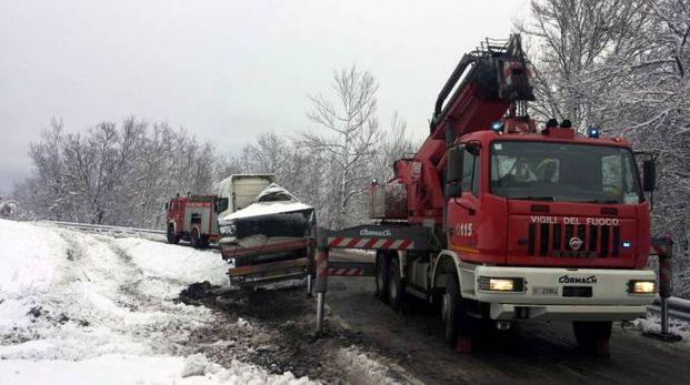 Un camion intraversato