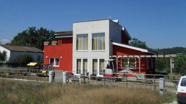 La casa dei sogni realizzata a Servigliano (Fermo) dal reality show 'Extreme Makeover Home Edition Italia' (Foto Carassai)