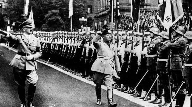 Adolf Hitler e Benito Mussolini