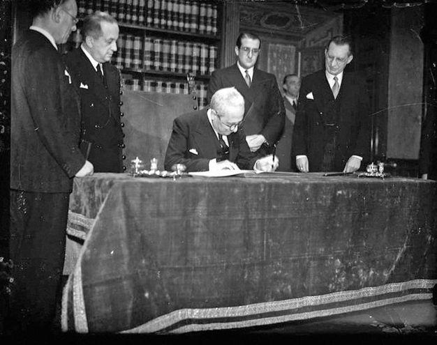 Firma della costituzione