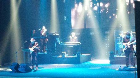 Il concerto degli Stadio a Fabriano (foto Di Marco)