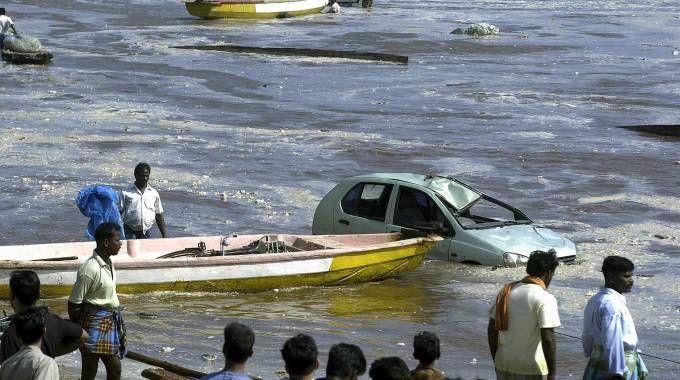 Tsunami (Thailandia)