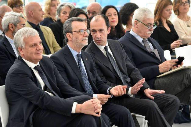 Il ministro Galletti e il prefetto di Bologna, Ennio Mario Sodano (foto Schicchi)