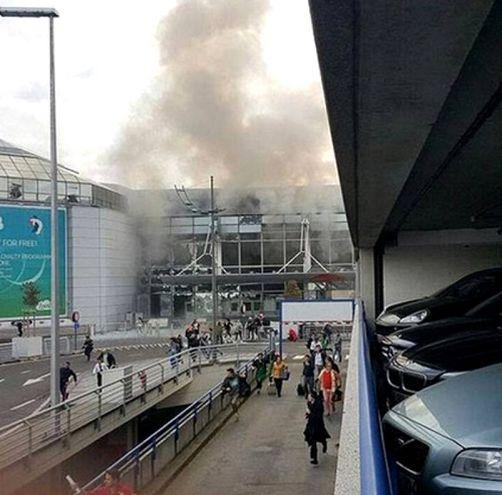 L'attentato all'aeroporto di Zaventem (Twitter)