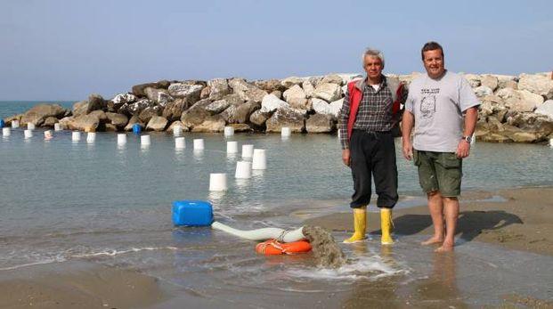 Mareggiate ed erosione gravi danni scatta il - Bagno fortuna marina di pisa ...
