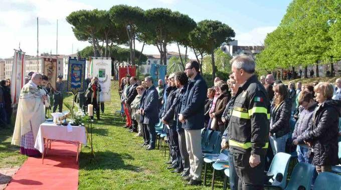 La cerimonia per i 25 anni dal disastro del Moby Prince a Livorno (foto Simone Lanari)