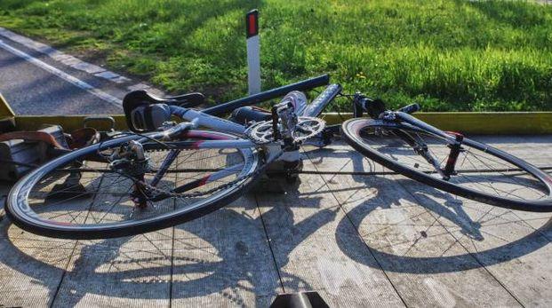 Incidente in bici (Foto di repertorio Donzelli)