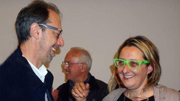 COMPATTI Il sindaco della Spezia Massimo Federici e la segretaria provinciale del Pd Federica Pecunia: i renziani dominano il partito