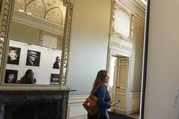 La mostra di Giovanni Gastel in Villa Reale