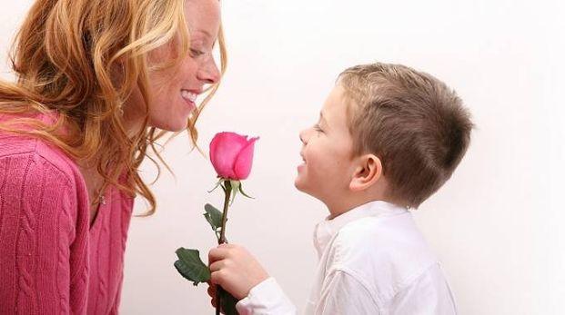 Festa della Mamma a Roma: una rosa in regalo per ogni mamma