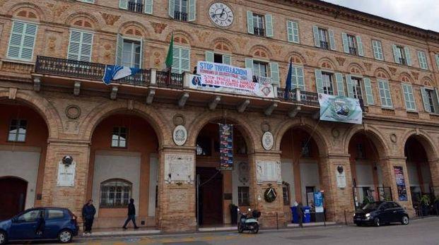 Palazzo Sforza, sede del Comune (Vives)