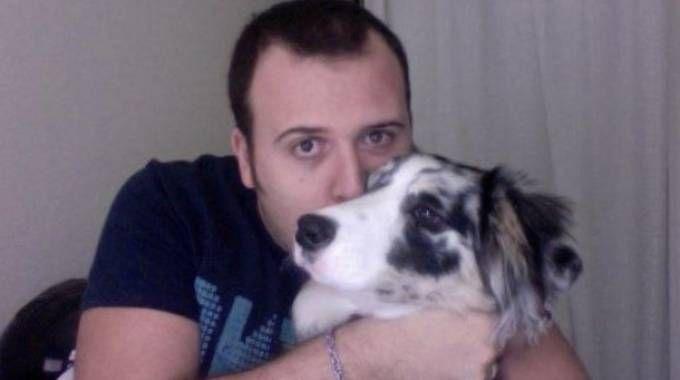 Mattia Di Teodoro, 33 anni, domenica sera ha ucciso la sua ex moglie Michela Noli, di 31 anni, quindi si è tolto la vita accoltellandosi
