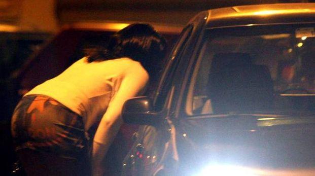 Una prostituta (foto d'archivio)