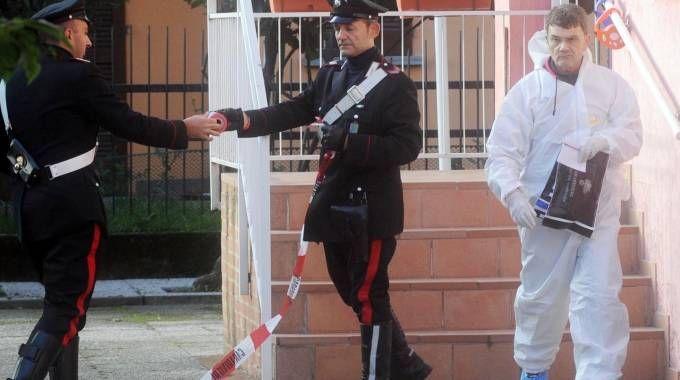 Carabinieri e Ris di Parma in azione nella villetta di Vaprio