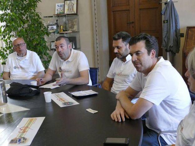 Il flashmob dei dipendenti della Banca popolare di Vicenza (foto Attalmi)
