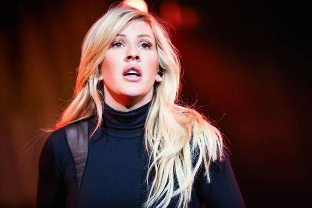 La cantante britannica Ellie Goulding avrebbe una relazione segreta col principe Harry? (ansa)