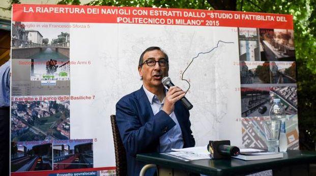 Beppe Sala illustra il progetto di riapertura dei Navigli