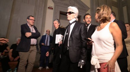 PRESSPHOTO Firenze. Karl Lagerfeld visita la mostra a Palazzo Pitti  Giuseppe Cabras/New Press Photo