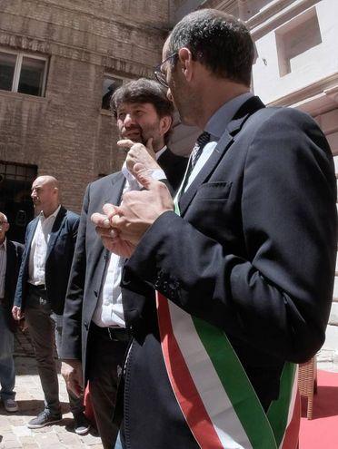 Pesaro, Franceschini con il sindaco Matteo Ricci (Fotoprint)