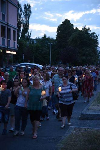 Modena, la fiaccolata contro i femminicidi dopo la morte di Betta Fella (Foto Fiocchi)