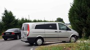 Il furgone per il recupero del corpo della vittima (Foto Businesspress)