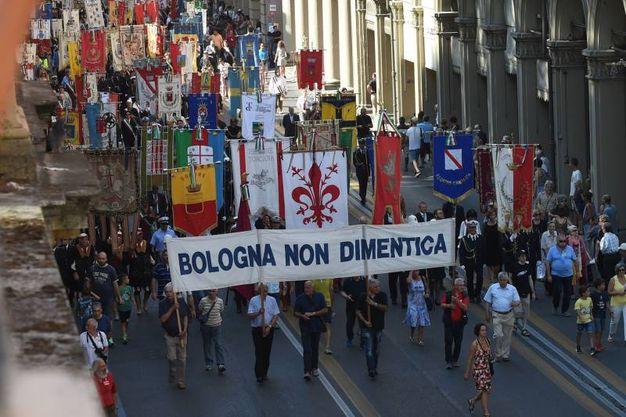 Bologna, l'anniversario della strage del 2 agosto 1980: il corteo (Schicchi)