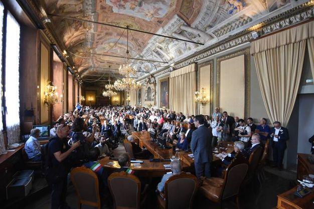 Bologna, la commemorazione in Consiglio comunale: Merola (Schicchi)