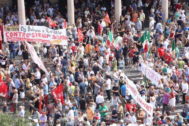 Bologna 2 agosto, la commemorazione in piazza Medaglie d'Oro (Schicchi)