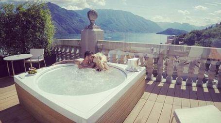 Relax e coccole per Maurito e Wanda sul lago di Como