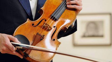 Stradivari (La Presse)