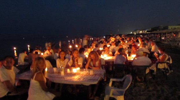 Pesaro, una passata edizione di 'Candele sotto le stelle' (Foto Vitali Rosati)