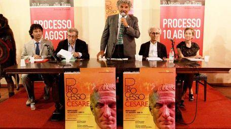 RAVAGLIA 10/08/16 CESENA PROCESSO A GIULIO CESARE A VILLA TORLONIA - GIANFRANCO MIRO GORI