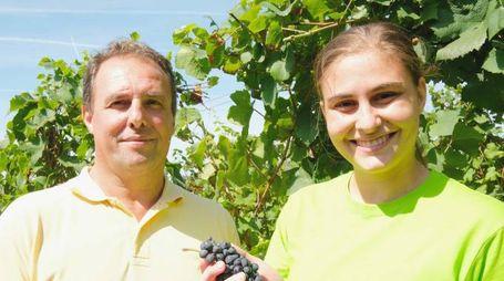 ,papˆ Claudio Faccoli e la figlia Francesca, azienda vinicola Faccoli, Coccaglio 12agosto 2016.Ph Fotolive Filippo Venezia