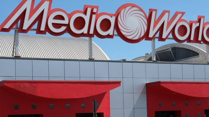Beautiful Mediaworld Le Terrazze La Spezia Pictures - Amazing Design ...