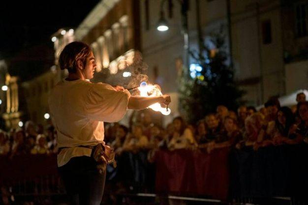 Pergola, la 'Serata medievale' (Foto Franceschetti)